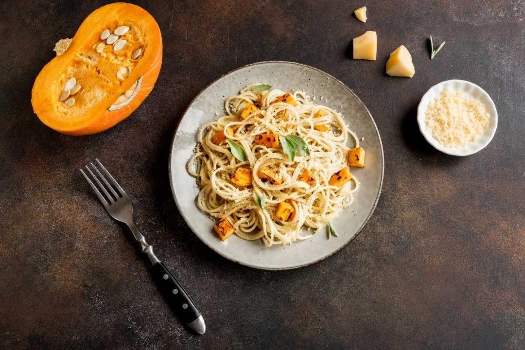 spaghetti-porcini-zucca-farina-intera