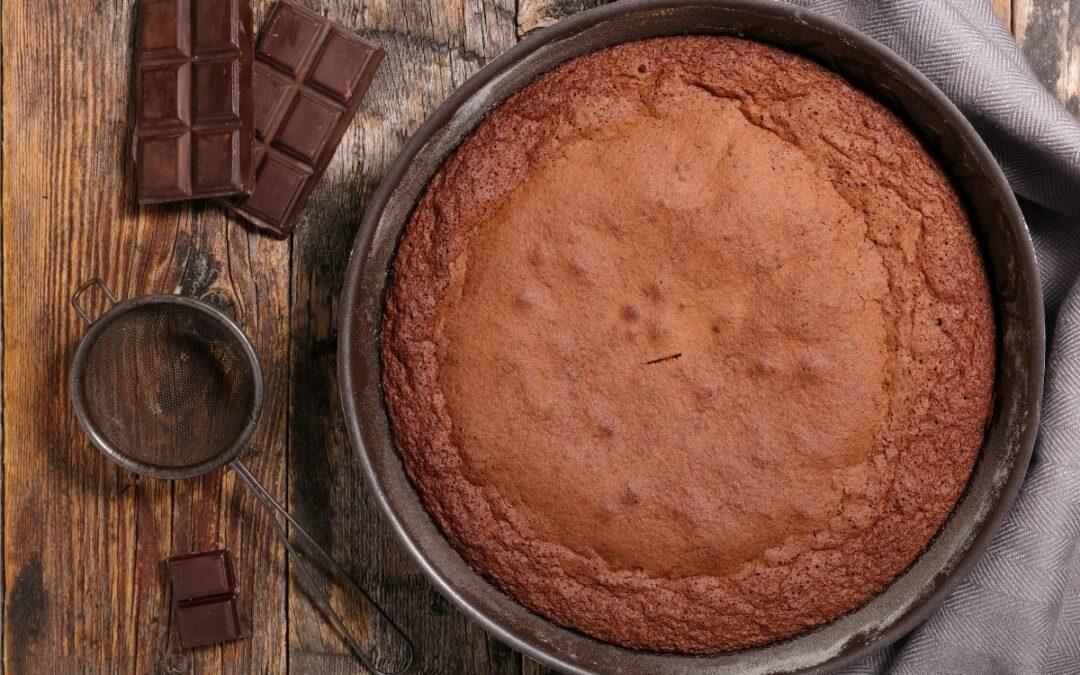 Torta cacao e yogurt greco senza zucchero
